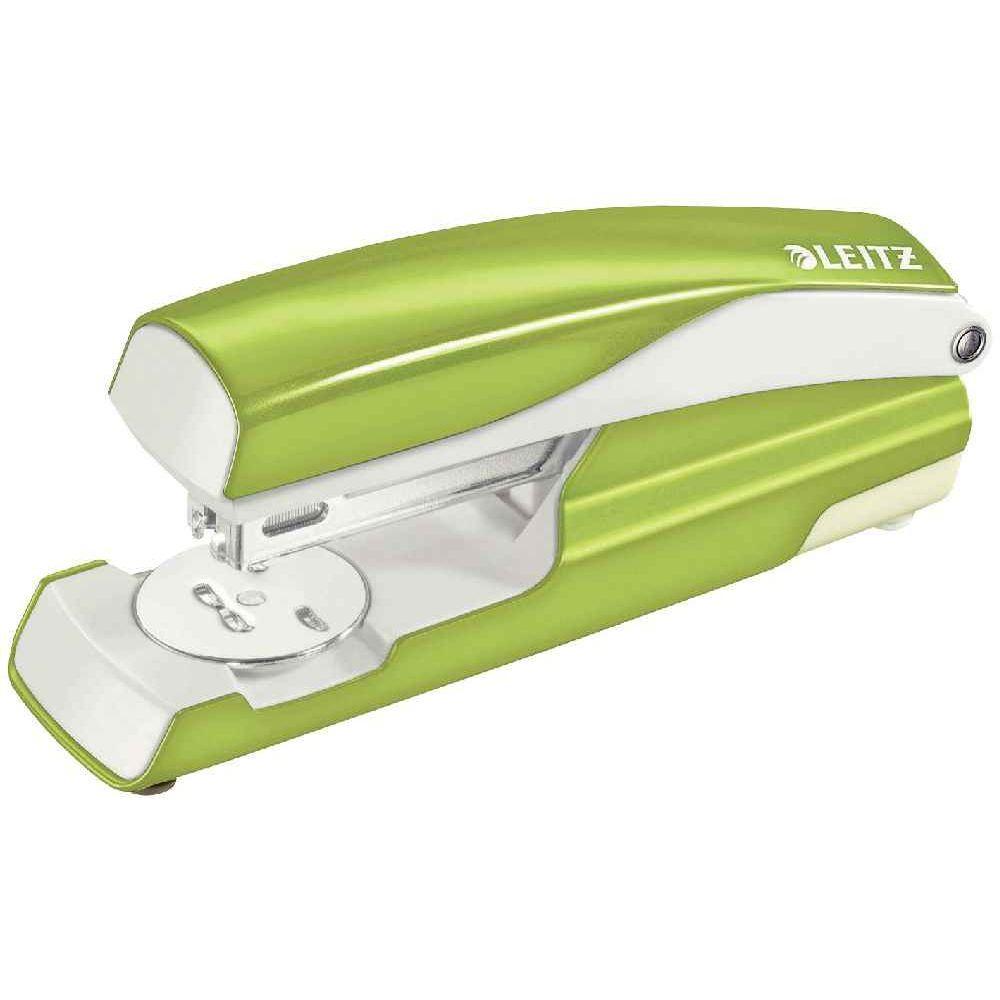 Agrafeuse 24/6 Nexxt vert métal. Agrafeuse 24/6 Nexxt vert métal Agrafeuse en métal adaptée à un usage professionne
