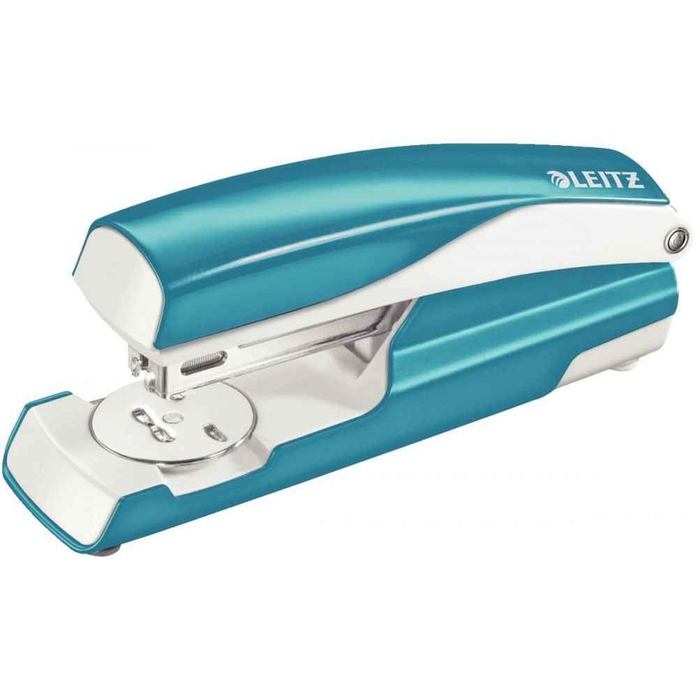 Agrafeuse 24/6 Nexxt bleu metal. AGRAFEUSE 24/6 NEXXT BLEU METAL  Agrafeuse en métal adaptée à un usage professionnel.  Chargemen